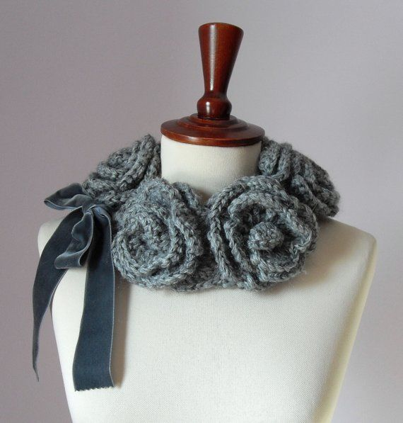 FIVE ROSES, fit beautifully and look incredible from every angle.    This hand-crochet cowl is created using a luxurious yarns. The FIVE ROSES cowl is
