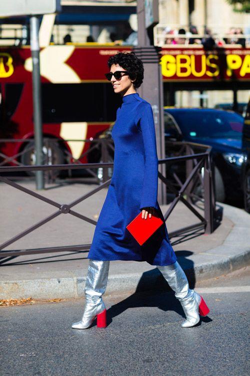 Уличная мода в Париже, весна 2017 28