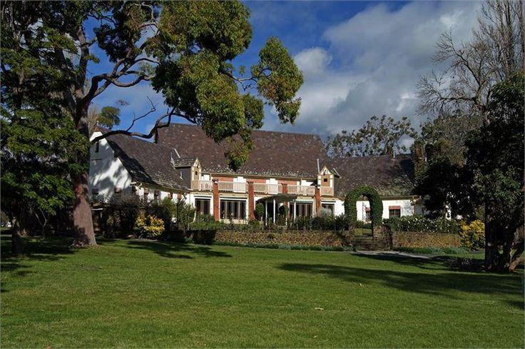 Wattle Park Chalet Surrey Hills Wedding Venue