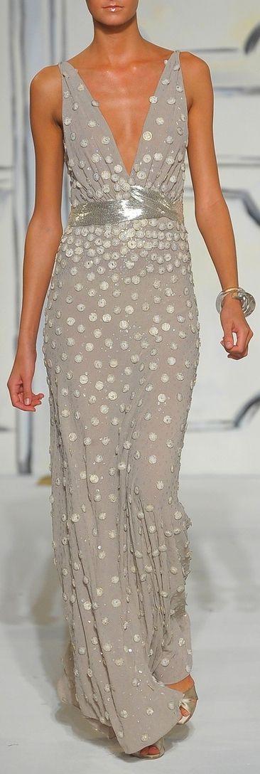 Oscar De La Renta ~Latest Luxurious Women's Fashion - Haute Couture - dresses, jackets. bags, jewellery, shoes etc