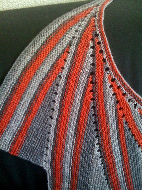 Ravelry: Loisthefeline's Wingspan 2 in Knitpicks Felici, colour firefighter.