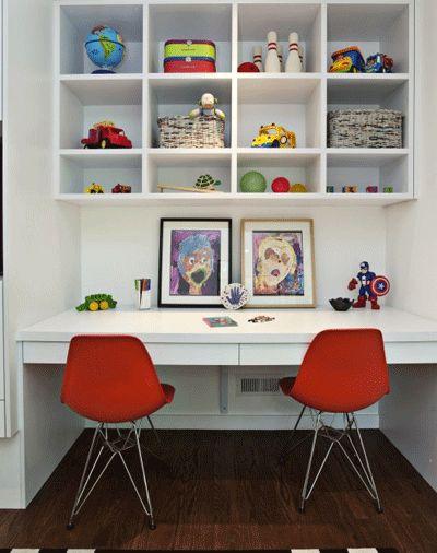 Built in desk / shelving boys bedroom 2