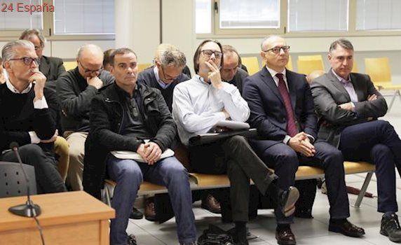 Los abogados de oficio de dos acusados reclaman la suspensión del juicio del caso Emersa