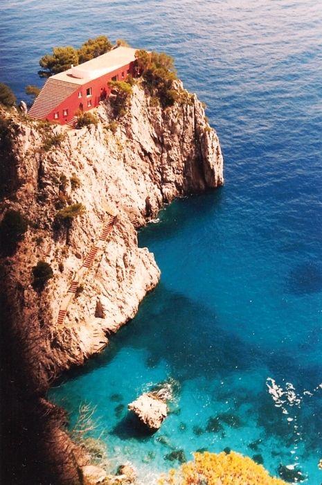 Villa Malaparte, Capri, Italy   Now that a vacation home . . . . .