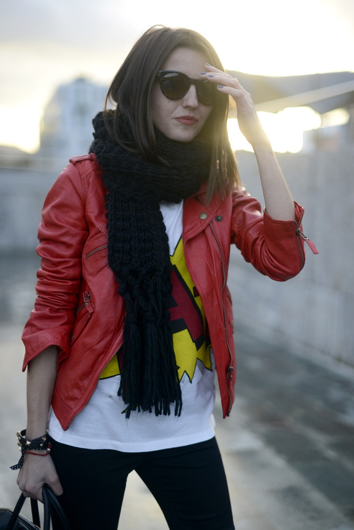 cool way to wear my red leather jacket