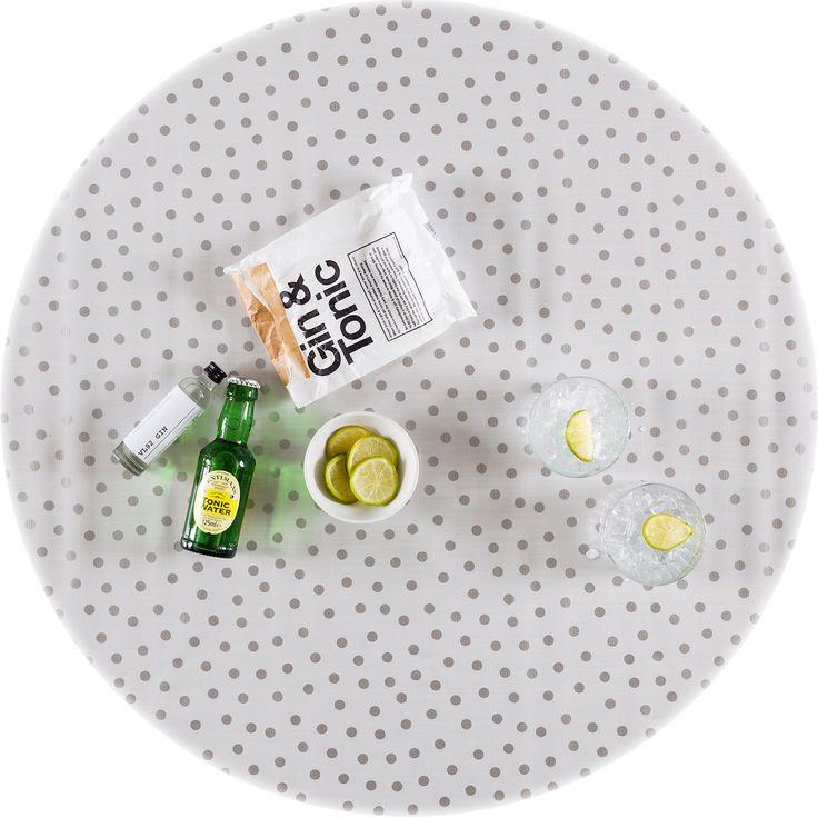 zeil 1,20x1,20m wit met zilveren stip rond MixMamas, luiertassen, tafelzeil, Slaanse schoenen, bonfim gelukslint