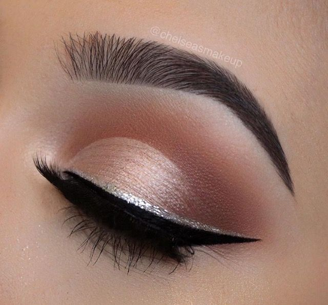 Silver lining . Wanna see mor MakeUp Tutorials and ideas? Just tap the link! #makeup #makeupideas