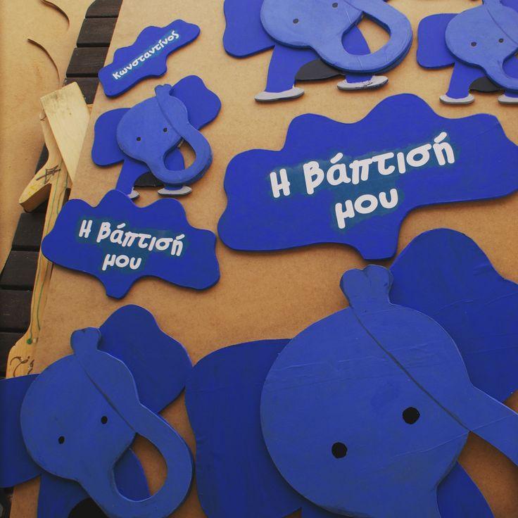 Μπλε ελεφαντάκια για βάπτιση.