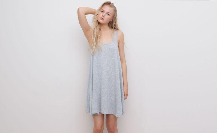 Pull&Bear - dames - jurken - jurk met strepenprint en laag uitgesneden rug - vigo grijs - 05392363-V2015