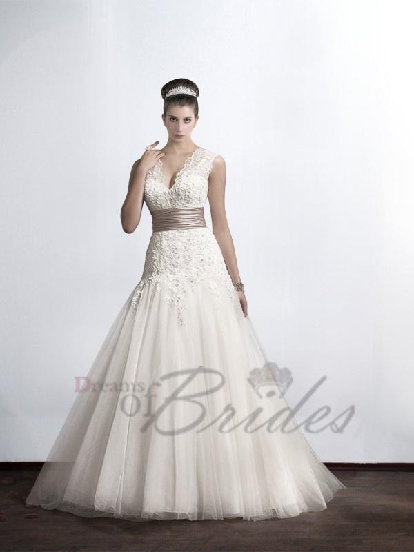 19 best V-neck Wedding Dresses images on Pinterest | Wedding frocks ...