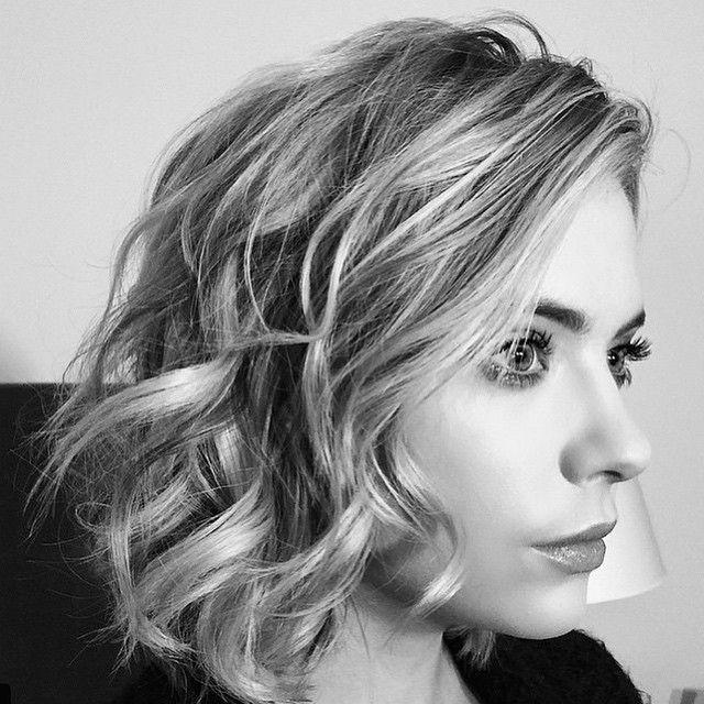 Picture perfect curls on Ashley Benson.   Pretty Little Liars