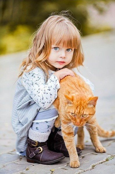 Russian child model Anna Pavaga.