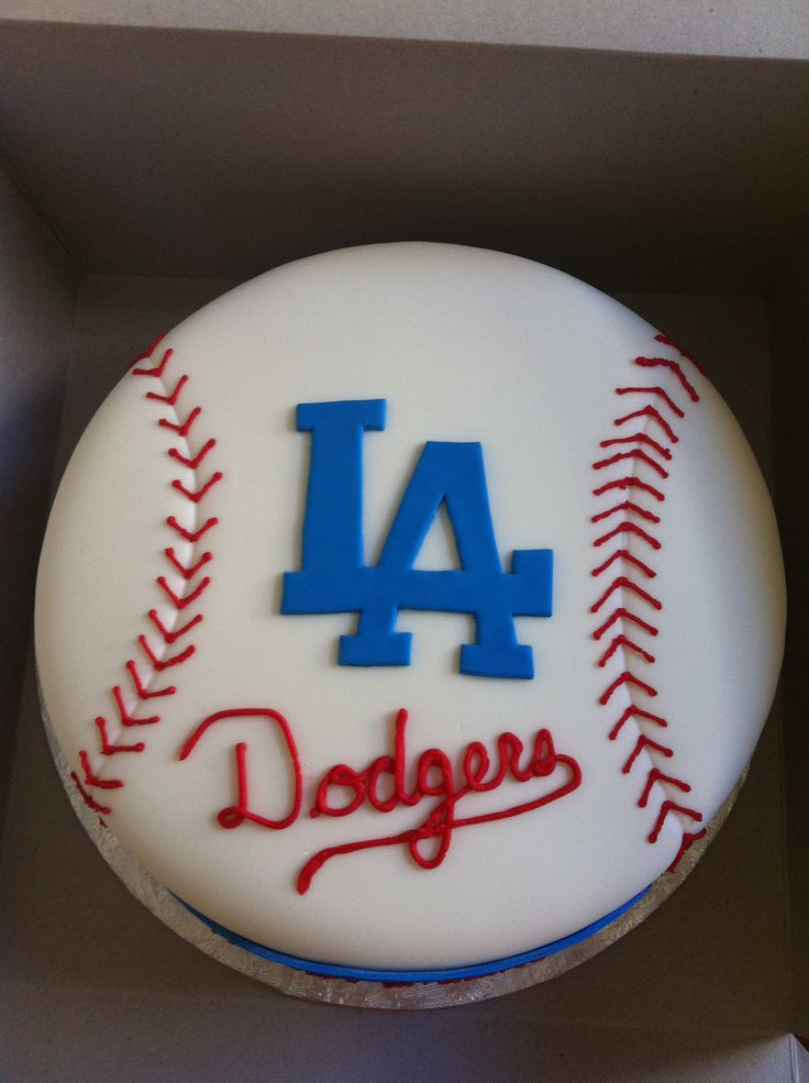Dodgers Cake - Fondant covered w/ fondant and buttercream details.  ST LOUIS CARDINALS....THIS ONE IS SIMPLE ENOUGH YET STILL NICE