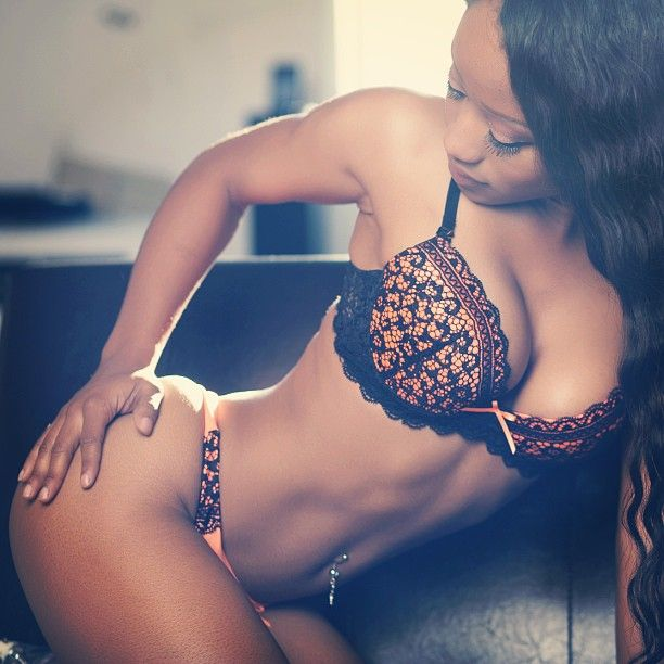 Eye Candy of the Day: Ms Victoria Mone't (@iamvicmonet)