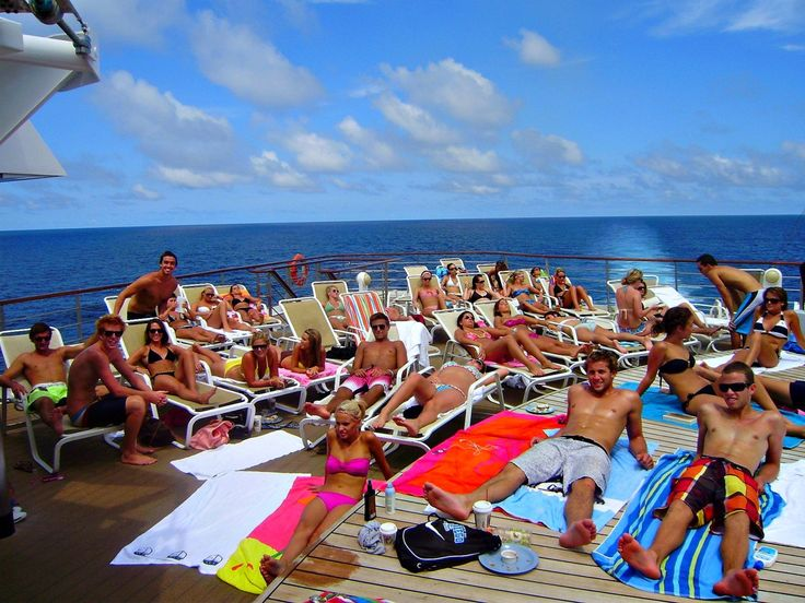 47 Telltale Signs You Went On Semester At Sea-you were the tannest you've ever been and ever will be