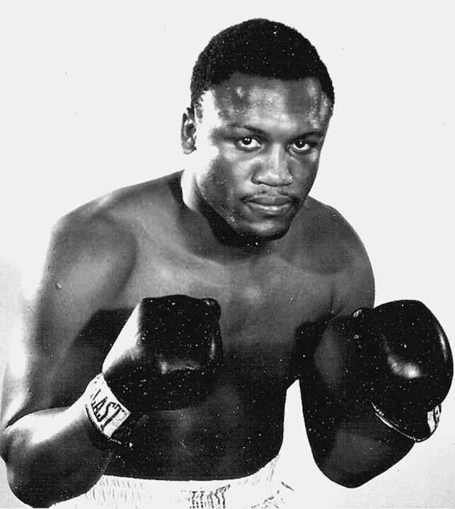 Joe Frazier Heavyweight Ring Career 1965 81 Record