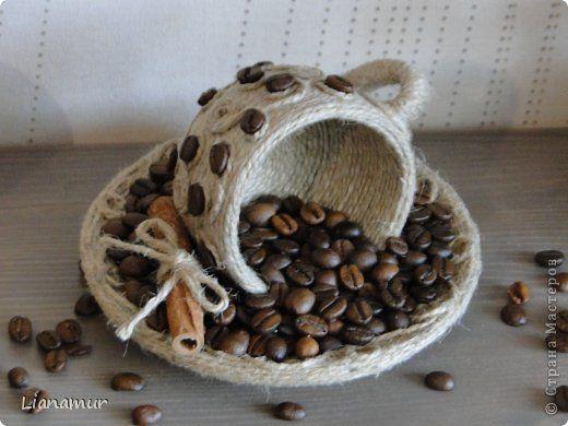 """Панно """"Кофе и сливки""""или """"Инь янь в чашке"""". Полимерная глина, зерна кофе, шпагат, одношаговый кракелюр. фото 31"""