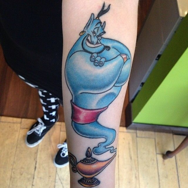 Genie, you're free!!! Awesome tattoo by @ollyfurze! #disney #disneyworld #disneyland #waltdisney #genietattoo #robinwilliams #RIProbinwilliams #neverhadafriendlikeme #heroesgetrememberedlegendsneverdie #genieyourefree
