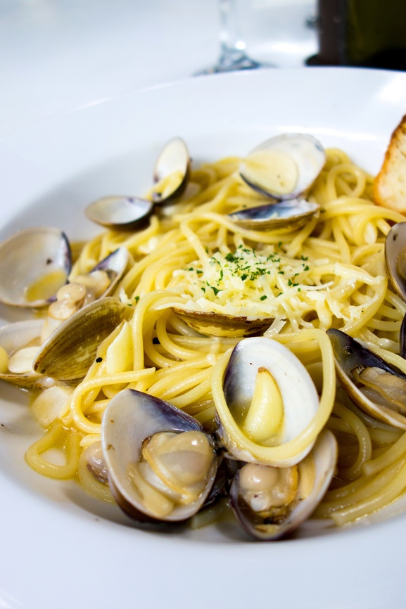 Pasta with White Clam Sauce for Feast of the Seven Fishes