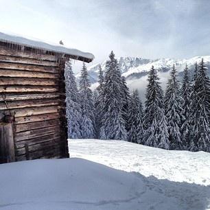berghutje op de piste wintersport - Westendorf