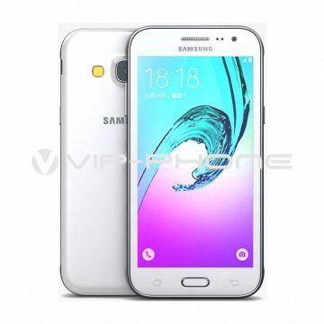 Samsung Galaxy J3 (2016) J320F Dual-Sim fehér kártyafüggetlen mobiltelefon gyártói garanciával