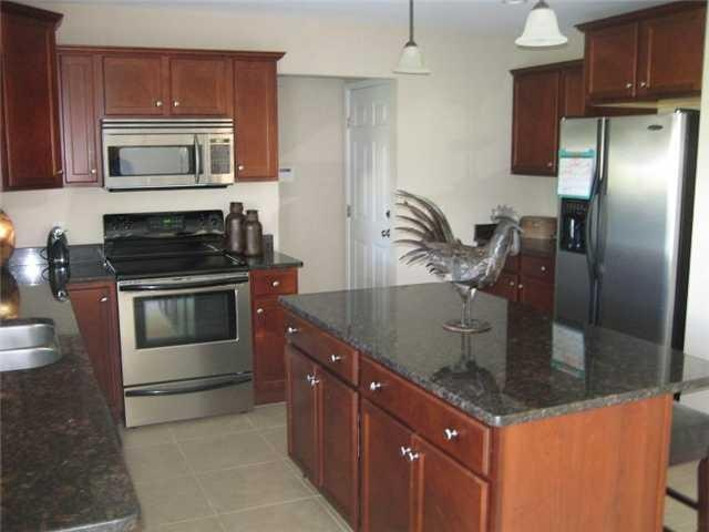 Countertop Dishwasher Bangkok : ... images about Kitchen on Pinterest Tea box, Cabinets and Countertops
