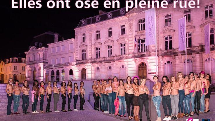 Une trentaine de femmes seins nus devant la mairie de Mont-de-Marsan pour encourager le dépistage