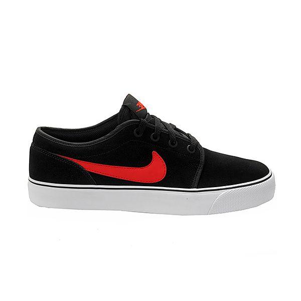 Sepatu Casual Nike Toki Low Lthr 555270-061 memiliki design yang simple yang cocok digunakan untuk segala aktivitas. Sepatu dengan diskon 10% dari harga Rp 599.000 menjadi Rp 549.000.