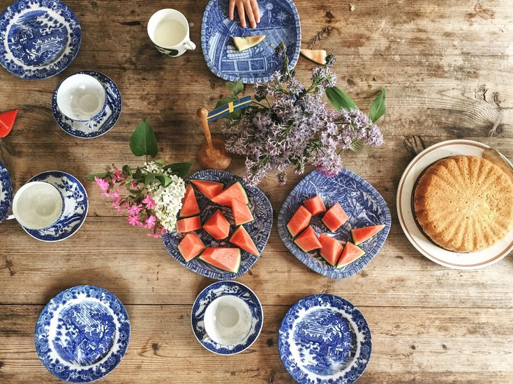 little fika, blue and white china, sugar cake and water mellon are the best.