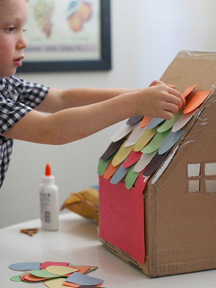 Como hacer una casita de carton con niños