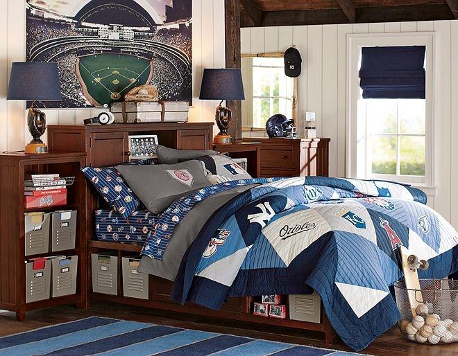 17 migliori immagini su teen boy 39 s room makeover su for Boys rugby bedroom ideas
