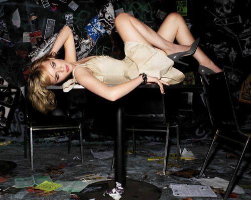 Kirsten Dunst - kirsten-dunst Wallpaper