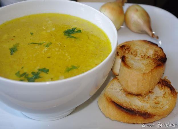 zupa cebulowa: Przepisy, składniki, porady kulinarne - Smaker.pl
