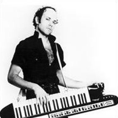 Here, Jan Hammer shows us that the keytar wasn't always a ironic prop for doofus hipsters. In Jan Hammer's hands it was an instrument of seduction.