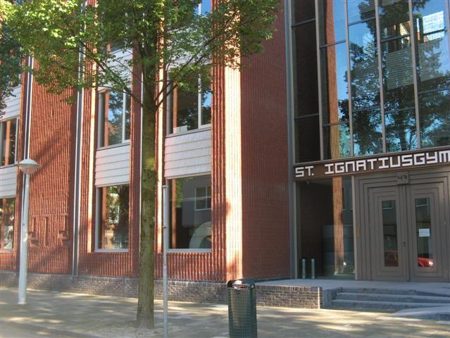 17-9-2013: Gastlessen aan de brugklassen van het Ignatius Gymnasium in Amsterdam. Internet & Veiligheid. I.o.v. Ouderavond.nl