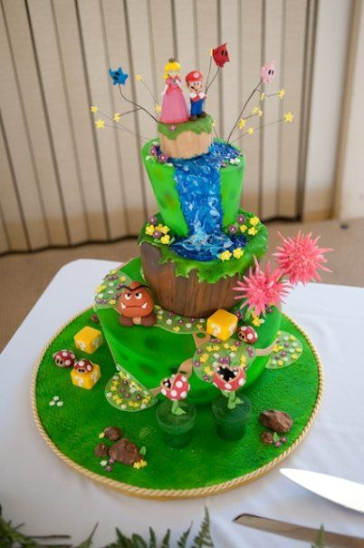 This cake makes me want to play Super Mario World ... ^_^