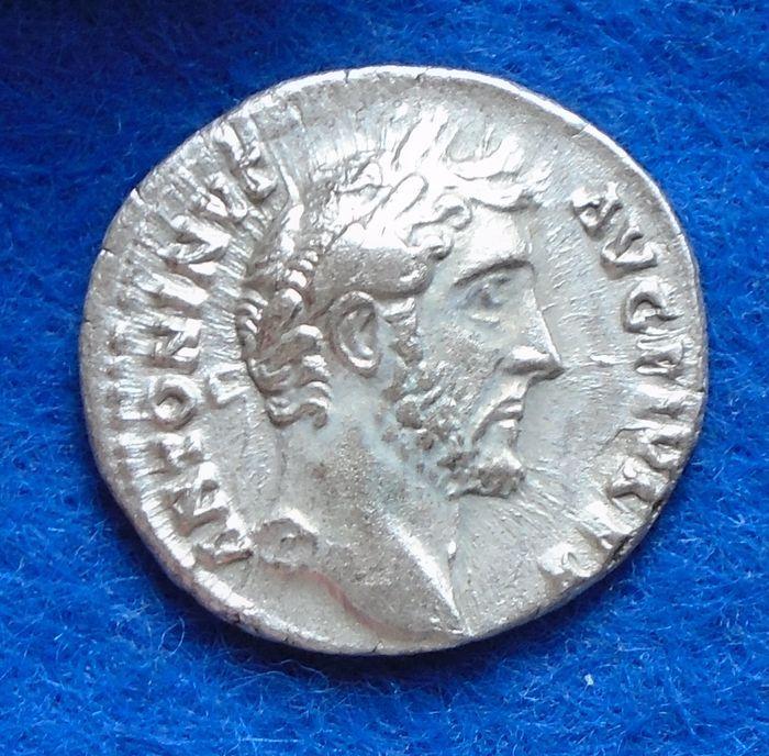 Roman Empire - Silver denarius of emperor Antoninus Pius (138-161 A.D.).