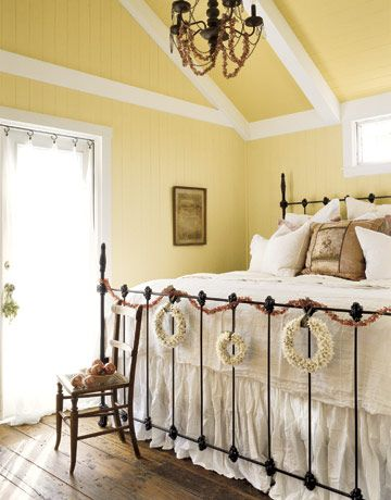 Yellow Walls: Yellow Wall, Cottages Bedrooms, Yellow Bedrooms, Wall Color, Beds Frames, Guest Rooms, Country Cottage, Christmas Bedroom, Iron Beds