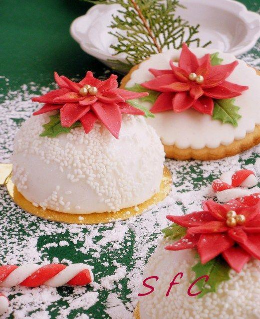 Poinsettia Cookies #poinsettia #cookies