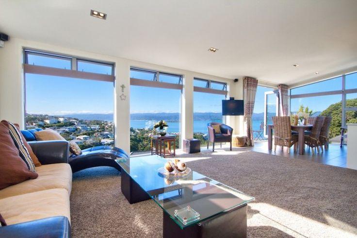 Holiday Home Wellington, Amristar Lights, Luxury Wellington Accommodation | Amazing Accom