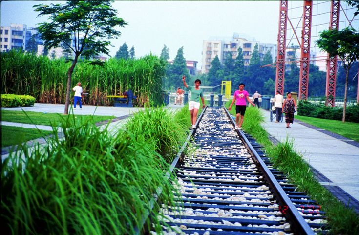 Zhongshan-shipyard-park-turenscape-18-rail « Landscape Architecture Works | Landezine
