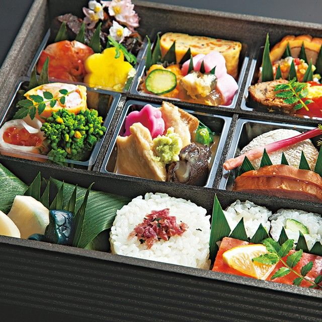 Lunch box for Hokuriku bullet train.