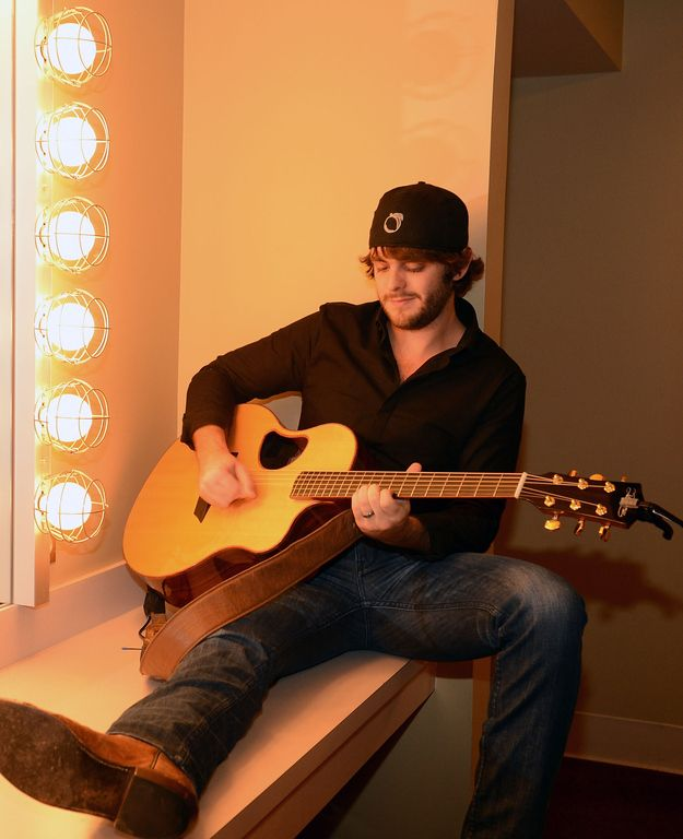 Thomas Rhett Fave Song: Something to Do with my hands, Beer with Jesus, It goes like this