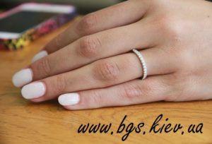 обручальные кольца тиффани из белого золота с бриллиантами - это классика и лидер на рынке ювелирной свадебной моды http://bgs.kiev.ua/26bz-koltsa-tiffany