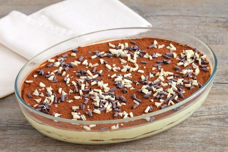 Il tiramisù con i Pavesini è una variante semplice e golosa del classico tiramisù. Prova la ricetta del Cucchiaio d'Argento!