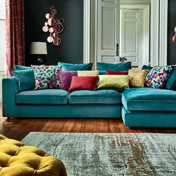 5 Black Leather Sofas Or We Found What Your Living Room Was Missing Corner Sofa Living Room Living Room Turquoise Living Room Colors