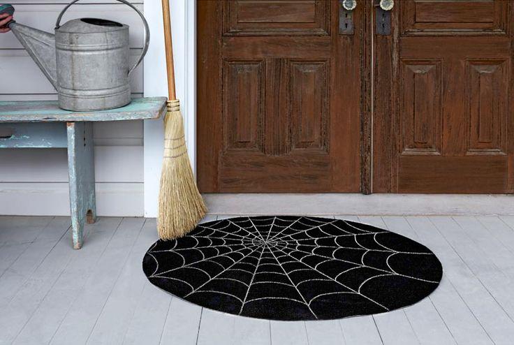 DIY Spider Web Doormat. Inspiration: Halloween Decor « The Rainy Day Box