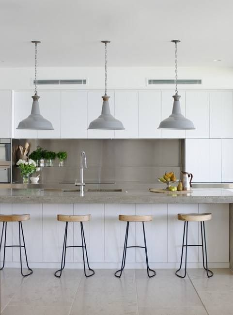 Panelling, lights and cupboards. Don't like splashback