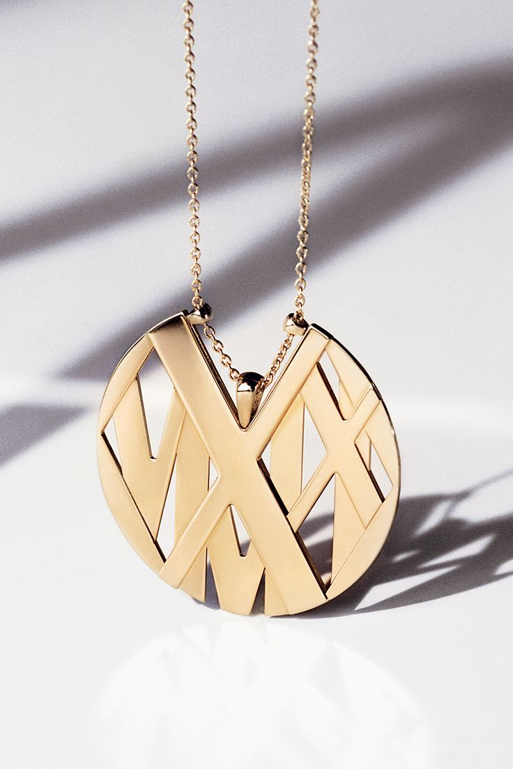 disk annabelle atlas lucilla jewellery pendant necklace textured products edited gold detail