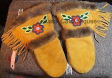 Beautiful Original Vintage Native Indian Leather & Fur Beaded Mitts 1 Pr